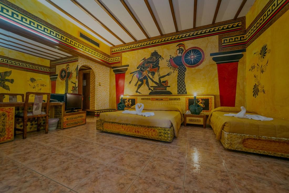 Roman-Hotel-Suite