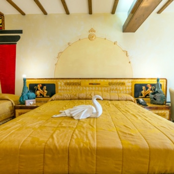 Roman_boutique_hotel_apartment_welcoming